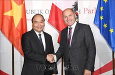 Entrevue entre le PM Nguyen Xuan Phuc et le président du Conseil national autrichien