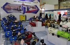 Ouverture de la Foire industrielle internationale du Vietnam 2018 à Hanoï