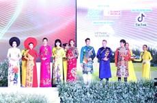 Le Festival de l'ao dài 2019 : transmettre l'amour pour l'ao dài à tout le monde