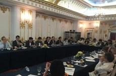 Le Vietnam et Cuba discutent de la réforme des entreprises étatiques