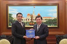 Ho Chi Minh-Ville et les EAU recèlent de nombreux potentiels de coopération