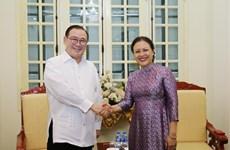 Vietnam et Philippines intensifient la coopération d'amitié et les échanges entre habitants
