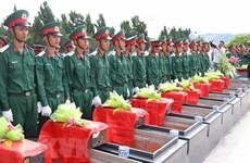 Inhumation des restes de soldats vietnamiens à Kien Giang et à Gia Lai