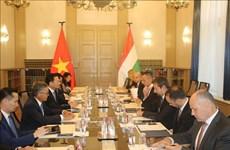 Le Vietnam et la Hongrie boostent leur coopération dans les domaines de la TIC