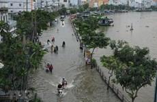 De nombreuses rues de Ho Chi Minh-Ville inondées