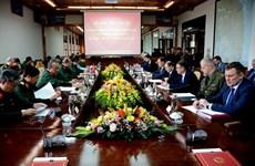 Le Vietnam et la Biélorussie promeuvent la coopération dans la technique militaire