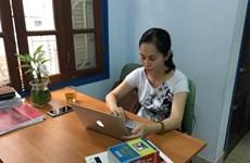 Une traductrice se passionne pour les livres de psychologie en français