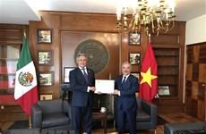 Nomination du consul honoraire du Vietnam à Guadalajara au Mexique