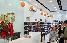 Chaussures: les produits de Biti's séduisent les consommateurs cambodgiens