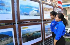 Exposition de cartes et d'archives sur Hoang Sa et Truong Sa à Thai Binh