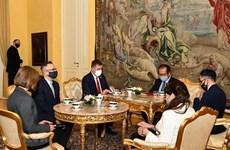 Développer les relations d'amitié et de coopération Vietnam – R. tchèque