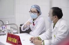 COVID-19 : l'injection de la 2e dose du vaccin Nano Covax à 20 volontaires