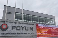 Hai Duong: tous les ouvriers de la société Poyun Electronics mis en quarantaine concentrée