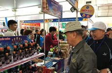 Généraliser la présence des marchandises vietnamiennes dans les grandes surfaces étrangères