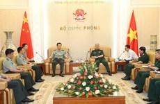 Recherche scientifique : les armées vietnamiennes et chinoises renforcent leur coopération