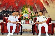 Une délégation de la Marine populaire vietnamienne en visite de travail en Chine