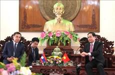 Le président du FPV recoit la délégation du Front d'édification nationale du Laos