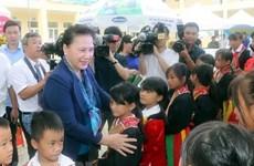 La présidente de l'AN Nguyen Thi Kim Ngan se rend dans la province de Quang Ninh