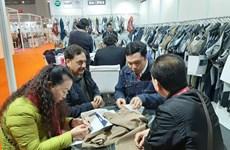 Textile : des entreprises vietnamiennes cherchent de matières premières en Inde