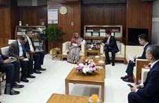 La Première ministre bangladaise reçoit le nouvel ambassadeur du Vietnam