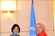 L'ambassadrice Le Thi Tuyet Mai rencontre la directrice générale du Bureau de l'ONU