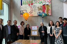 L'Association d'amitié Suisse-Vietnam apprécie les efforts de lutte anti-COVID-19 du Vietnam