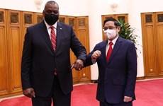Le Premier ministre Pham Minh Chinh reçoit le secrétaire à la Défense des États-Unis