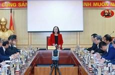 Une responsable du Parti rencontre les ambassadeurs nouvellement accrédités