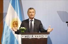 Le président argentin termine sa visite d'Etat au Vietnam