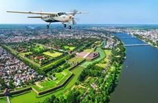 Contempler la beauté de Hue-Da Nang à bord d'un aéroglisseur
