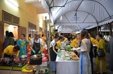 Une fête gastronomique vietnamienne en Thaïlande