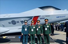 Le Vietnam visite le Salon international de l'aérospatiale et de la défense de Séoul 2019