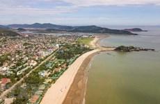 Nghe An cherche à accroître ses échanges commerciaux et ses liens touristiques avec le Laos