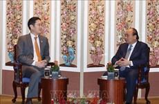Le PM vietnamien Nguyen Xuan Phuc reçoit le vice-président du groupe Samsung