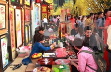 De nombreuses activités réjouissantes durant le Têt du Rat à Ho Chi Minh-Ville
