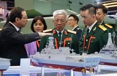 Une délégation du ministère de la Défense à Singapour