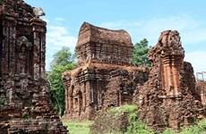 Des experts indiens assistent Quang Nam à restaurer la zone centrale du sanctuaire de My Son