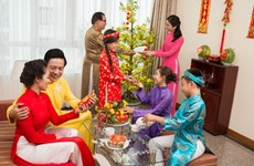 Les coutumes dans le Têt traditionnel du Vietnam