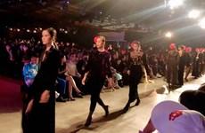 400 mannequins et artistes au Festival international de la mode du Vietnam 2020