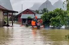 Les Pays-Bas viennent en aide aux habitants des zones inondées à Quang Nam