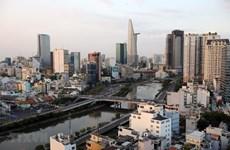 Des journalistes étrangers apprécient des potentiels de développement du Vietnam