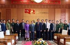 Promotion des échanges commerciaux entre des localités vietnamiennes et lao