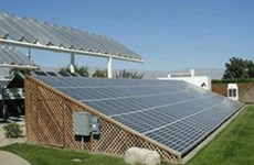 Quang Tri promeut l'énergie éolienne et solaire