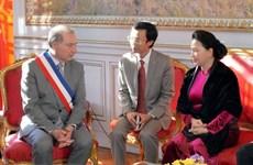 Vietnam et France estiment la coopération décentralisée