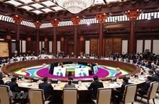 """Le PM à la Table ronde des dirigeants du deuxième Forum de """"la Ceinture et la Route"""""""