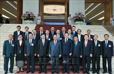Thongloun Sisoulith termine sa visite au Vietnam pour coprésider une session intergouvernementale