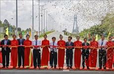 Le pont de Vam Công sur le fleuve Hâu inauguré