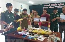 Quang Tri: Arrestation de trois trafiquants laotiens de drogue
