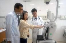 Essais cliniques de robot à l'hôpital pour enfants de Hai Phong