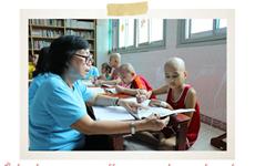 Le petit assistant d'enseignement et la classe spéciale au département d'oncologie pédiatrique